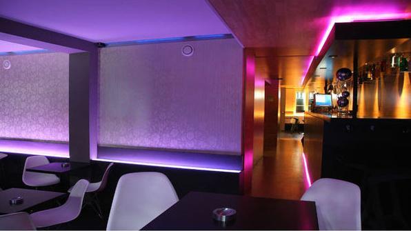ruban led bandeau led clairage led luminaires design. Black Bedroom Furniture Sets. Home Design Ideas
