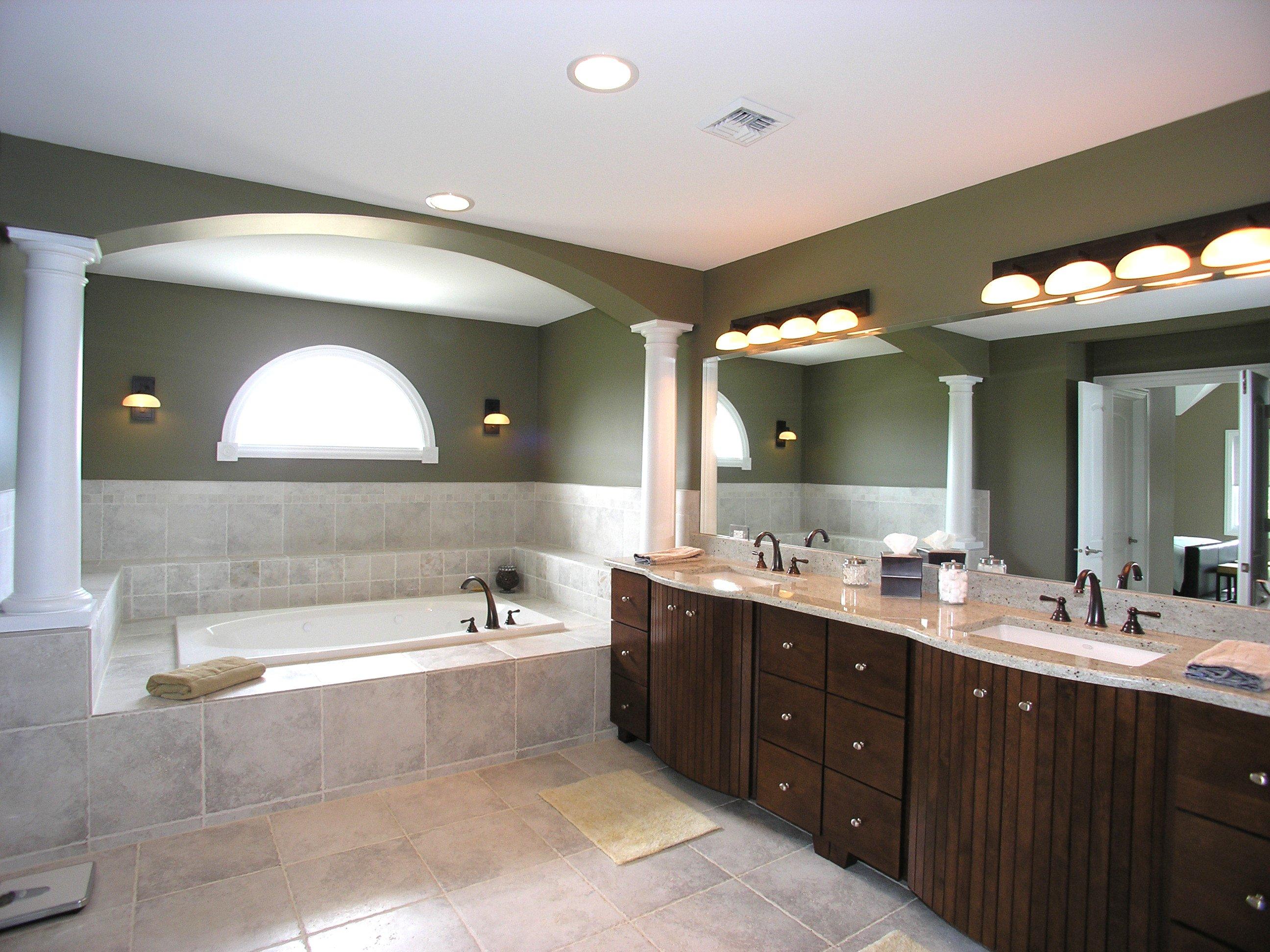 Mise en lumi re et clairage d coratif d une salle de bain luminaires design luminaires design - Luminaires salle de bains ...